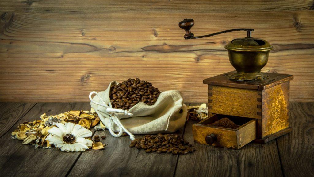 nettoyer moulin à café
